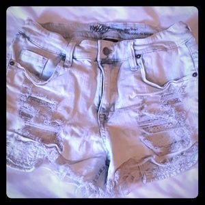 Junoirs high rise denim shorts size10